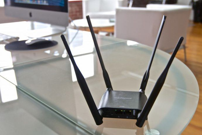 How Managed Wireless Lets Digital Signage Networks Cut The Cord