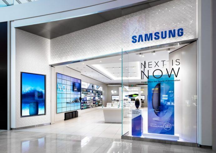 Projects: 95-Inch Displays Part Of Experience At Samsung Showcase Store