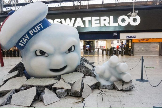 Projects: London's Waterloo Station Gets Slimed By Ghosts