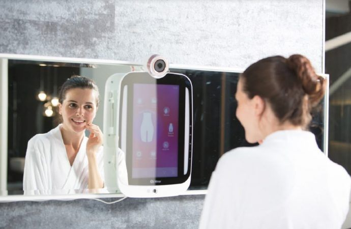 Smart Mirrors Hit Consumer Mainstream