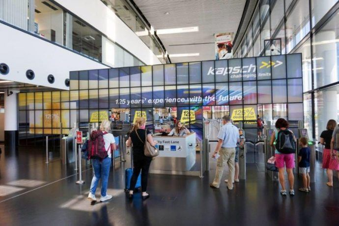 Projects: Vienna's Airport Gets Megaboard DOOH Wall At Security Checkpoint