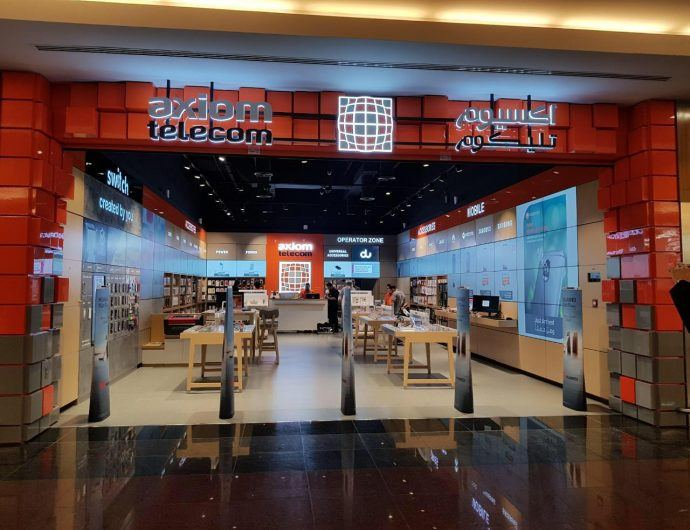 Renovated Abu Dhabi Telecom Retailer Has Wall To Wall Screens
