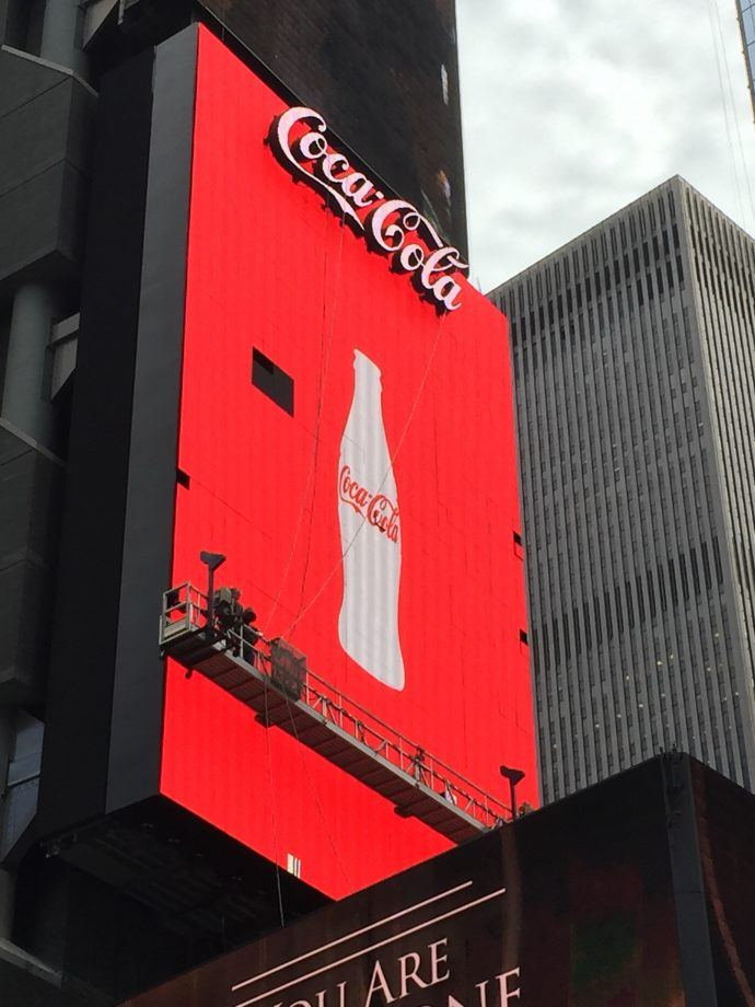 That Giant Coca-Cola Robotic LED Board in NYC (Surprise!) Has Issues