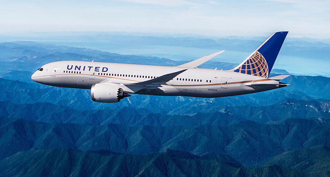 United Airlines Using Workplace Digital Signage To Fight Union Drive
