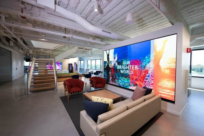NEC Display Formally Opens New US HQ And Briefing Center In Chicago